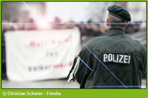 Fotografieren von Polizeikräften